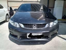 Honda Civic 2016 - Entrada + 1.189 reais