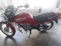 Vendo essa moto ano 96