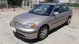 Honda Civic LX 1.7 2001 Automático 2001 Completo, em excelente estado.