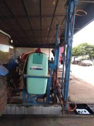 Pulverizador de 800 litros