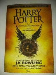 Título do anúncio: Harry Potter e a criança amaldiçoada partes I e II