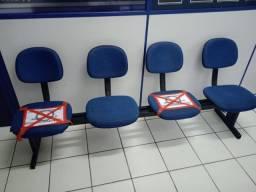 Título do anúncio: Cadeiras em conjunto