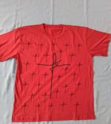 Camiseta F É