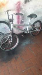 Bicicleta aro 20 de alumínio