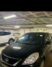 Título do anúncio: Nissan versa 1.6 de garagem único dono