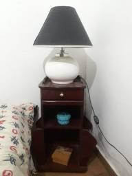 Mesa de Cabeceira Vinho