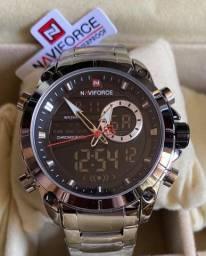 Título do anúncio: Relógio Naviforce Prata Grande em aço novo original(aceito cartão