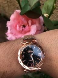 Promoção de Dia Dos Namorados - Relógio Feminino Shshs