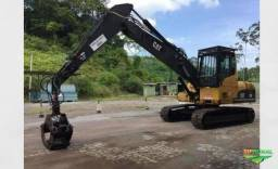 Escavadeira Caterpillar 320 com Garra Florestal ano 05