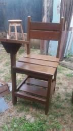 Vendo 8 cadeira pra da aula de reforço