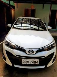 Título do anúncio: Vendo Toyota yaris XLS