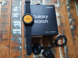 Galaxy Watch 42mm impecável pouco uso