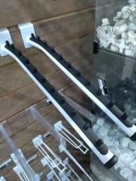 Cabide para painel canaletado