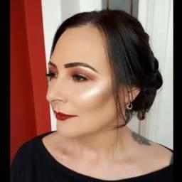 Combo penteado + maquiagem