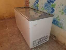 Freezer fricon nova no prastico