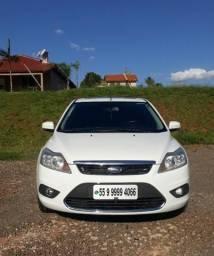 Ford Focus Ghia 2.0 - 2011