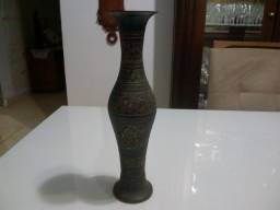 Vaso De Metal Pintado Preto Decoração Dourada - Indiano!