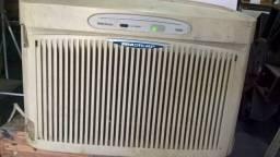 Ar condicionado Brastemp 7500 Btus 220v com controle remoto