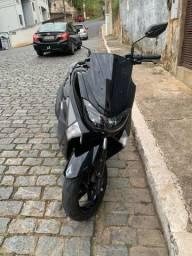 NMAX 2018 + pneu traseiro (pirelli diablo) novo