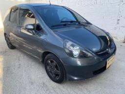 Honda Fit 2008 LX 1.4 + ac trocaa