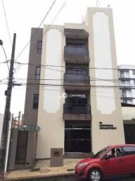 Apartamento com 1 quarto para alugar, 49 m² por R$ 600/mês - São Pedro - Juiz de Fora/MG