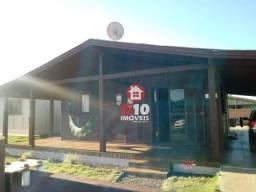 Casa localizada no bairro Praia Azul, em Passo de Torres (SC)