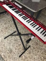 Controlador MIDI umx610 behringer (semi novo)