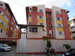 Apartamento com 3 dormitórios à venda, 82 m² por R$ 200.000,00 - Vila União - Fortaleza/CE