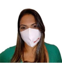 Máscara de Proteção Neoprene Personalizada com Bordado DEUS É FIEL e FÉ