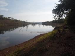 Chacara no lago Corumba 3