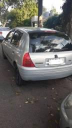 Clio 2002