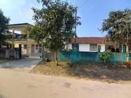 Duas residencias em espaçoso terreno no Balneário Monções, Pontal do PR. REF.:3055R/662S