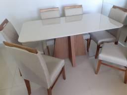 Título do anúncio: Mesa para ambientes pequenos com 6 cadeiras de madeira maciça