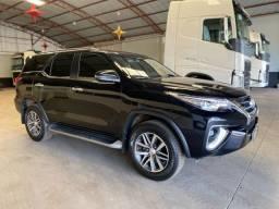 Toyota Hilux Sw4 SRX 2019 7 lugares