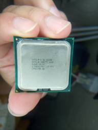 Core 2 quad Q8300 2.5 Ghz