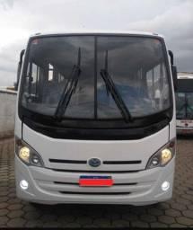 Micro-ônibus rodoviário mercedes Benz