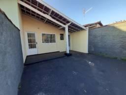 Casa com 2 dorm/Garagem-Vl Costa e Silva-Alugo