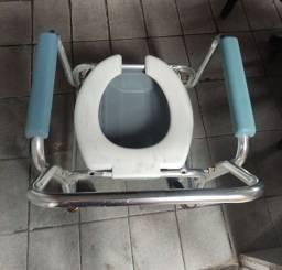 Título do anúncio: Cadeira d banho em aluminio