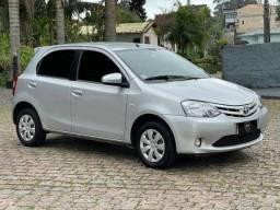 Título do anúncio: Toyota ETIOS XS 1.5 16V