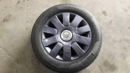 Jogo de rodas originais do Citroen aro 15 com pneus