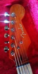 Fender SHOWMASTER 2004 única no OLX
