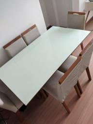 Título do anúncio: Mesa de jantar retangular em vidro off white com 6 cadeiras