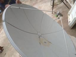Vende se uma antena da sky