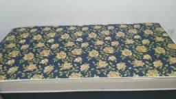 Título do anúncio: cama de solteiro direto da fábrica com entrega