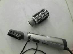 Título do anúncio: Escova Rotativa  Conair Titanium Modeladora