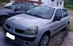 Clio 2004 1.0