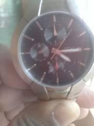 Relógios guess steel semi novo