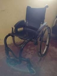 Vendo cadeira de rodas monobloco $350