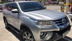 Toyota Hilux SRV Flex 2018 - 7 Lugares - Rserve rápido