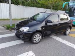 Título do anúncio: Toyota Etios Lindo carro.